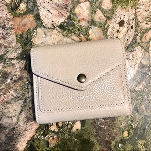 Trifold snap pebbled grey leather wallet - NEW